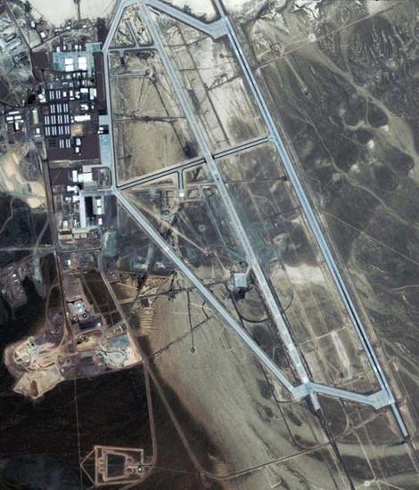 """对于""""51号""""最直露的一次曝光,来源于最近在网络上流传的卫星高空鸟瞰照片,是由俄罗斯Kometa卫星拍摄的。"""
