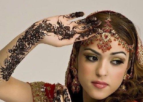妇女人体艺术_揭秘印度美丽新娘神秘手绘