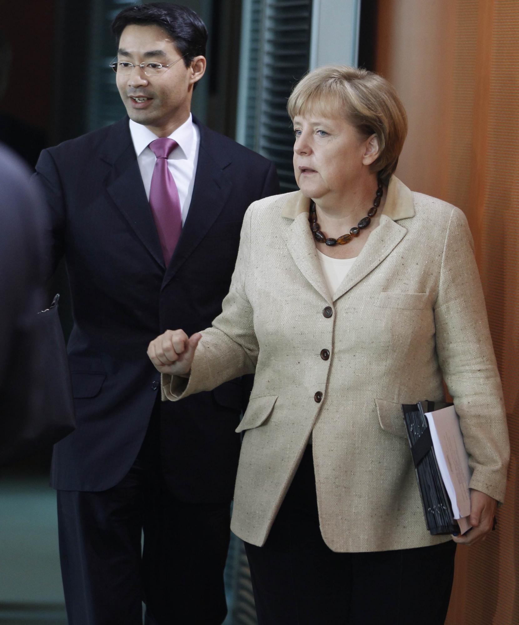 意大利借钱让世界紧张 欧元区成败在此一举