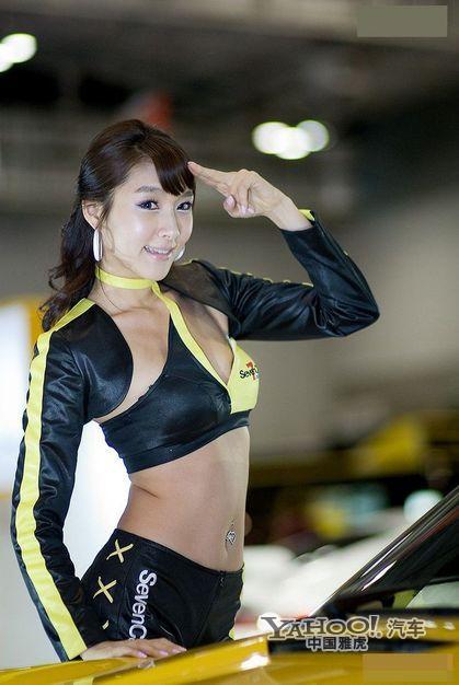 韩国超可爱车模闪耀全场