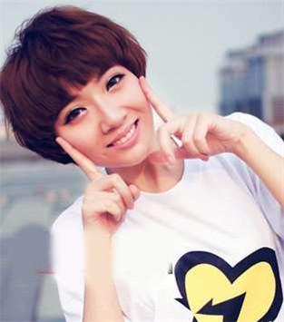 齐刘海短发-遮出小V脸 5款适合圆脸女生发型
