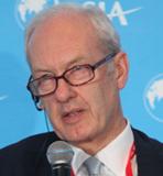 富达国际投资总裁安东尼-波顿