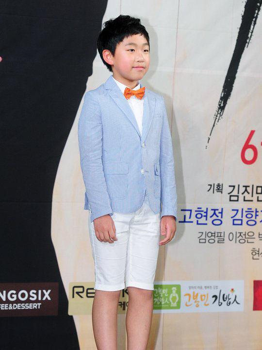 尹汝贞 崔允英等出席首尔汝矣岛洞63大厦女王的教室发布会 高清图片