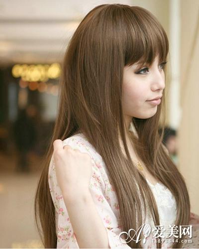 深棕色头发好看还是浅棕色头发好看?两种颜色有什么区别?