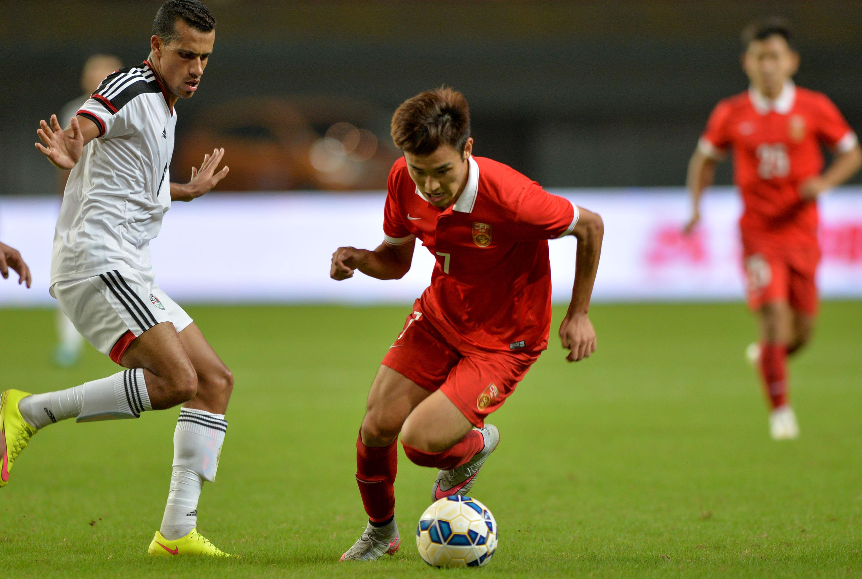 (锐视角)(5)足球--热身赛:中国国奥平埃及国奥