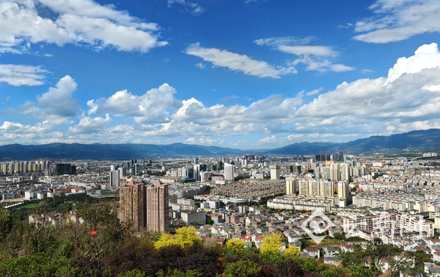云南威信龙马风景图